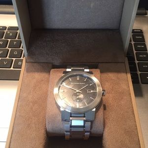 13f3ef1e64d Men Nordstrom Burberry Watches on Poshmark